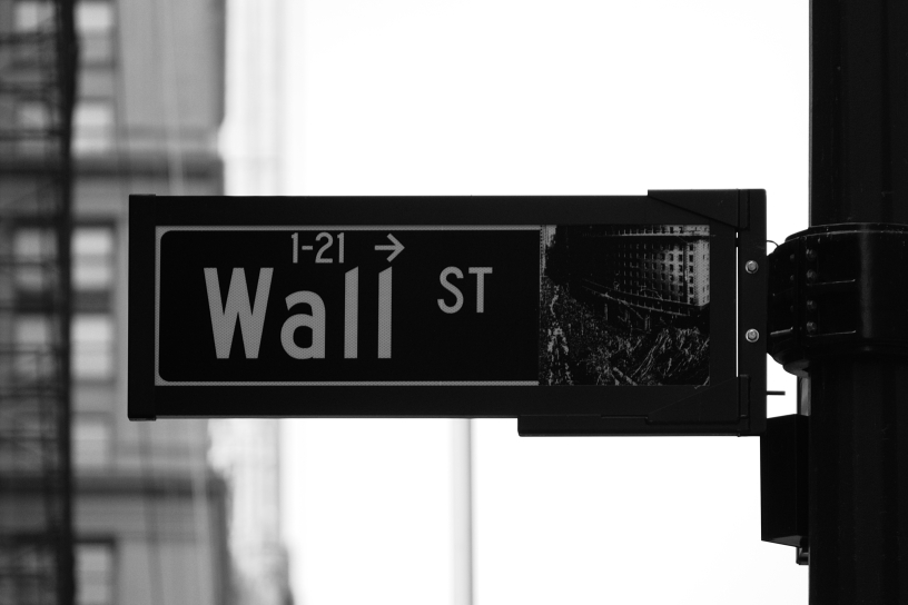 Wall st sign finance blog header